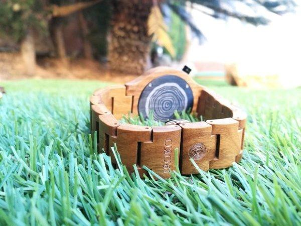 reloj de madera Terral Iroko pulsera atras