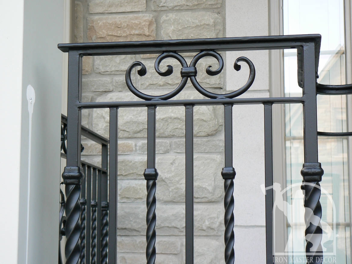 Outdoor Iron Decor