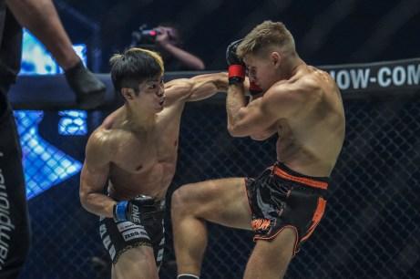Deividas Danyla vs Hiroaki Suzuki (23)