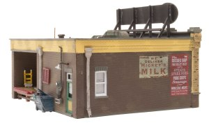 Woodland Scenics HO Built and Ready J. Frank's Grocery BR5050