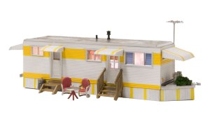 Woodland Scenics HO Built and Ready Sunny Days Trailer BR5062