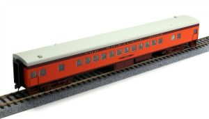 Fox Valley Models N Scale MILW Milwaukee Road Hiawatha Coach #4413 40044