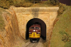 Monroe Models HO Tunnel Portal Cut Stone Single Track 110