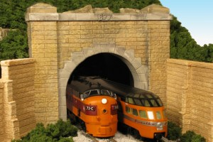 Monroe Models HO Tunnel Portal Granite Face Hoosac Double Track 132