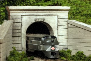 Monroe Models N Scale Tunnel Portal Concrete Single Track 214