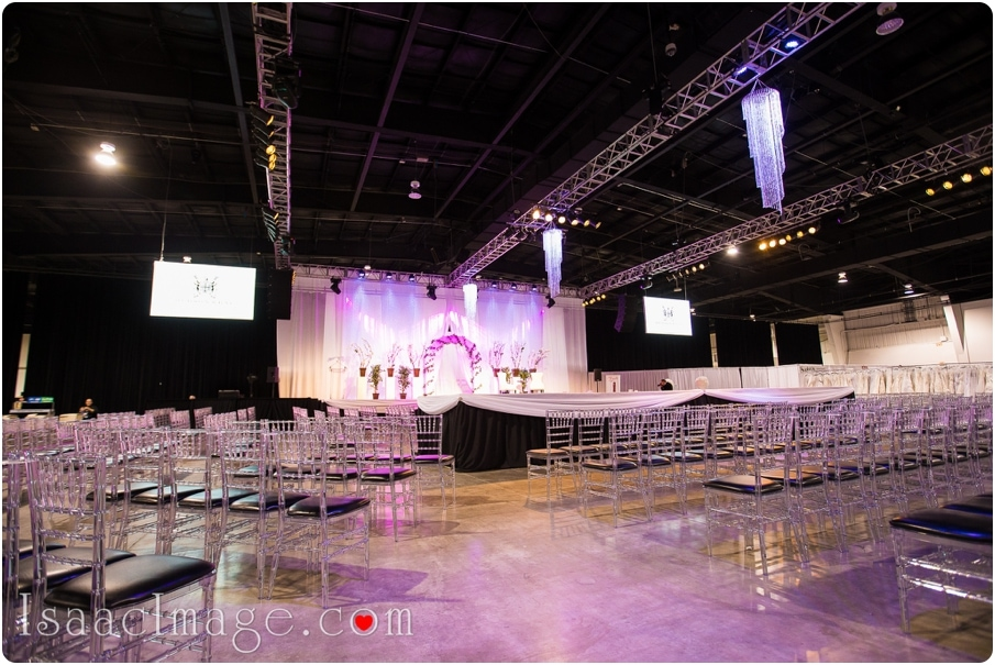 total-wedding-show-mississauga-photographer stage