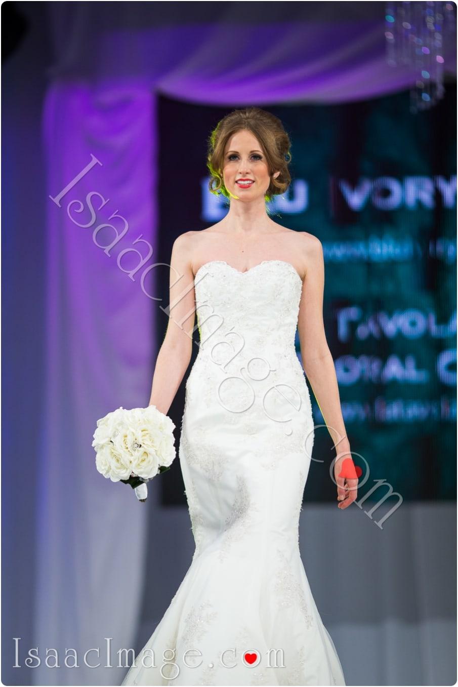 _IIX2178_canadas bridal show isaacimage.jpg