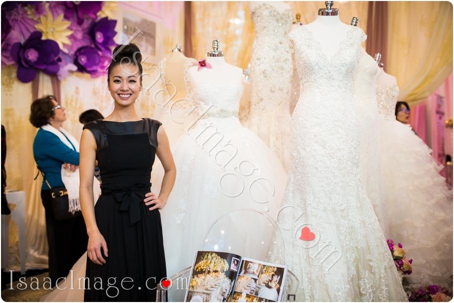 _IIX2572_canadas bridal show isaacimage.jpg