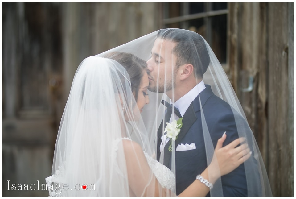 Chateau Le Parc Event Centre Wedding Elena and Dani_4701.jpg