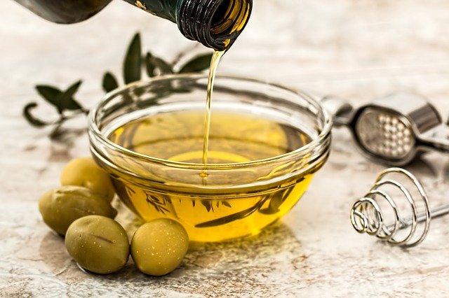 huile végétale d'olive pour peau mature