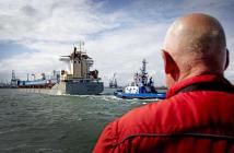 First Chinese cargo ship to complete Northern Sea Route