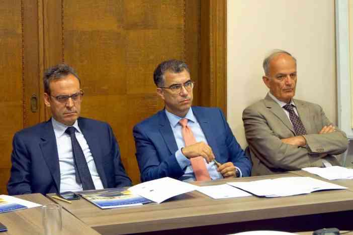(Α-Δ): κ. Κώστας Βλάχος, κ. Γιώργος Σκριμιζέας, κ. Ιωάννης Πλατσιδάκης