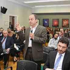 Ο καθηγητής του τμήματος Ναυτιλιακών Σπουδών του Πανεπιστημίου Πειραιώς και πρώην γραμματέας του ΥΝΑΝΠ, κ. Ιωάννης Θεοτοκάς.