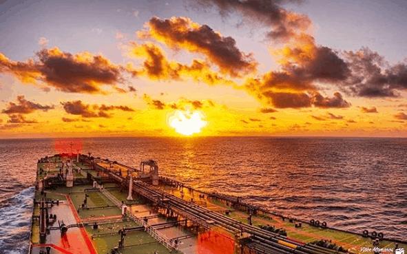 6. Calm and Magic! Sunset. Credits to Vincent Alamanos