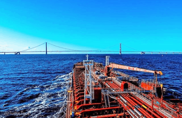 6. Approaching the Great Belt Bridge. Credits to Babis Koutoulogenis