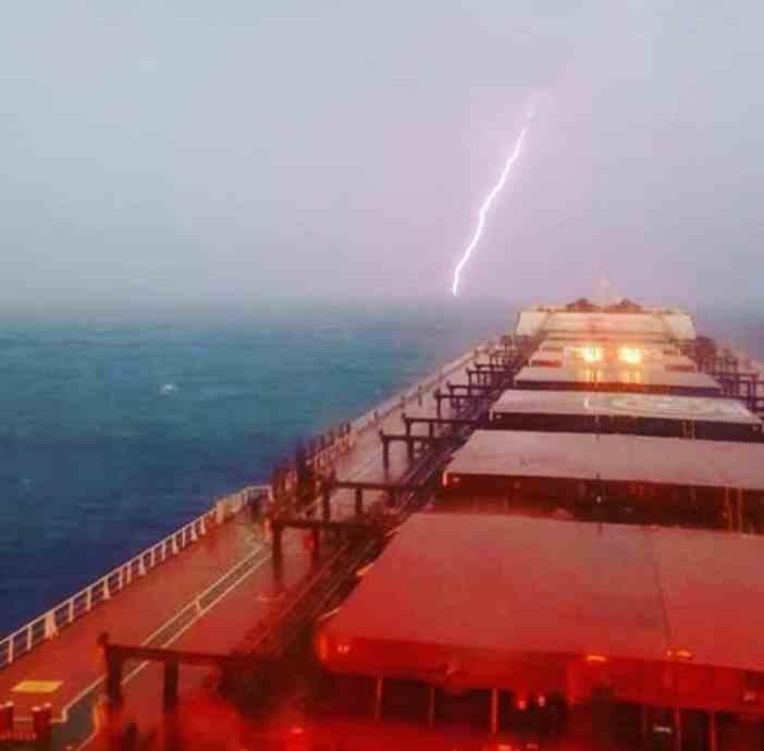 5. Thunder and lightning Credits to Foteinos Anastasis