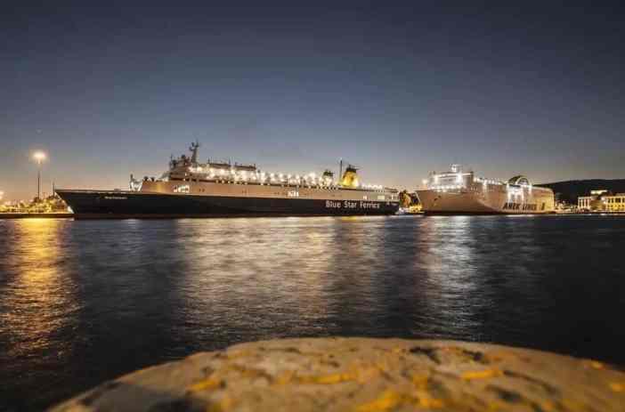 3. Piraeus Port Credits to Ioannis Streetphotographer