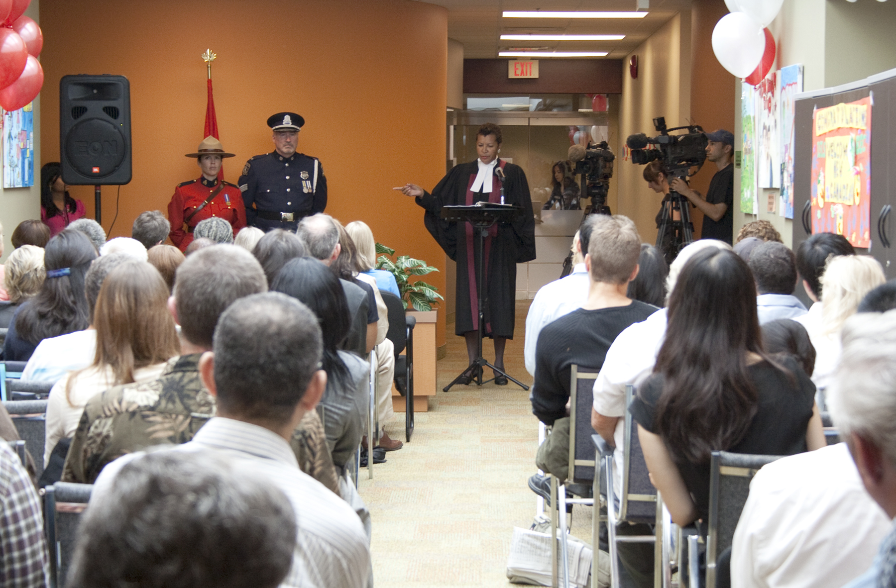 25 New Canadians Sworn-In at ISANS
