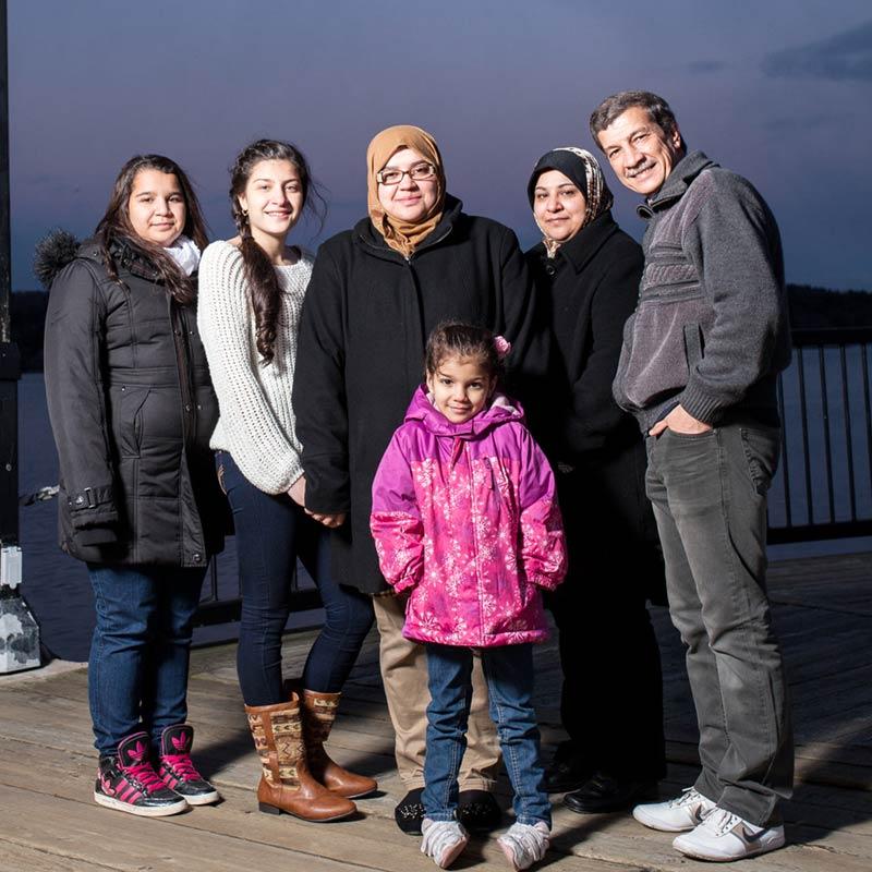 Noor Al-Anbagi and family