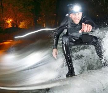 Großstadtsurfen - Münchner Eisbach Surfer im Winter | Film von Colin Stewart