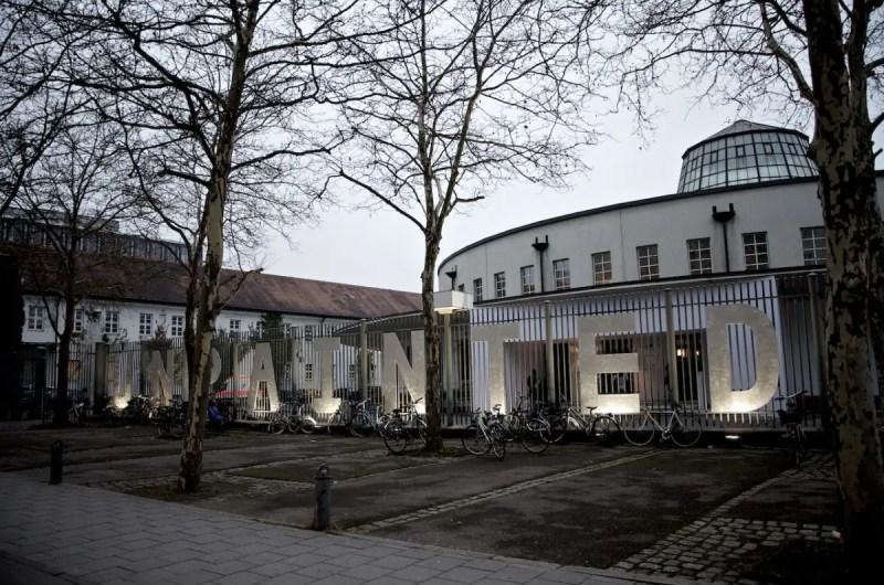 UNPAINTED media art fair 2014 im Münchner Postpalast   Foto: ISARBLOG