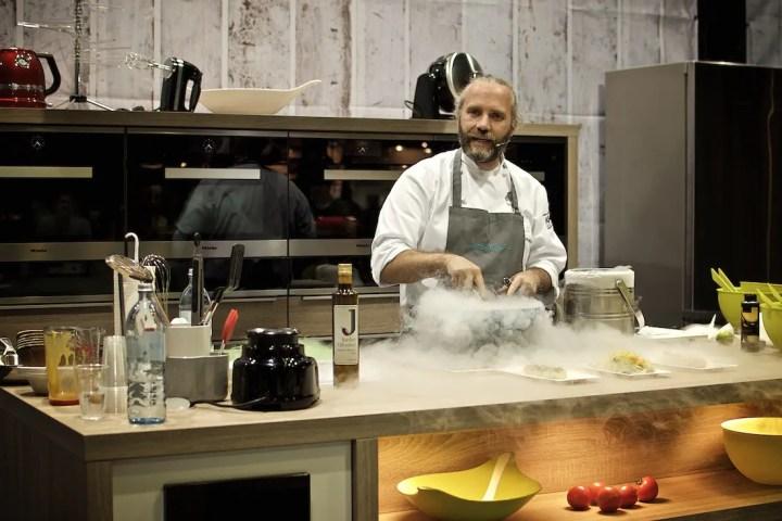 """""""Flavour Pairing"""" auf der eat & style mit Heiko Antoniewicz: Mangoeis mit Olivenöl   Foto: ISARBLOG"""