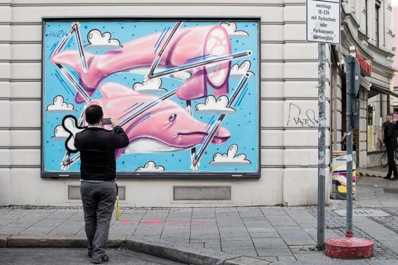 Kunstwerk von HNRX auf der Fassade vom Tengelmann am Gärtnerplatz | Foto: Monika Schreiner