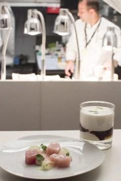 Hamachi und Brombeer Lassi vom Restaurant Dallmayr | Foto Monika Schreiner