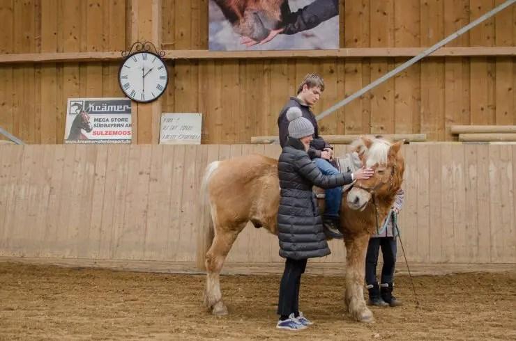 Aktion Sternstunden Eulenhof Olching Reittherapie - ISARBLOG