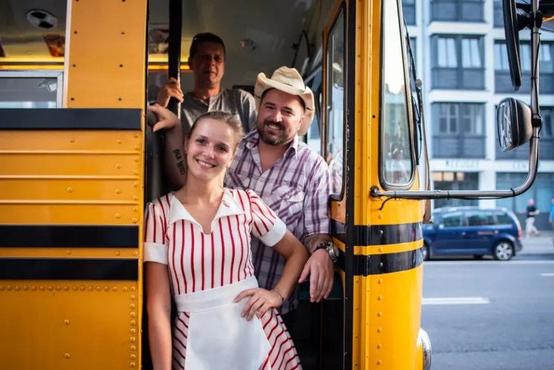 dinnerhopping münchen bus