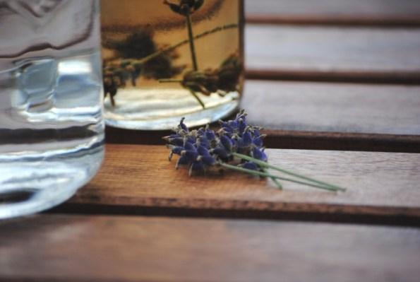 DIY: Lavendel-Prosecco
