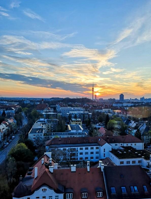 M'Uniqo Rooftopbar – über den Dächern Münchens