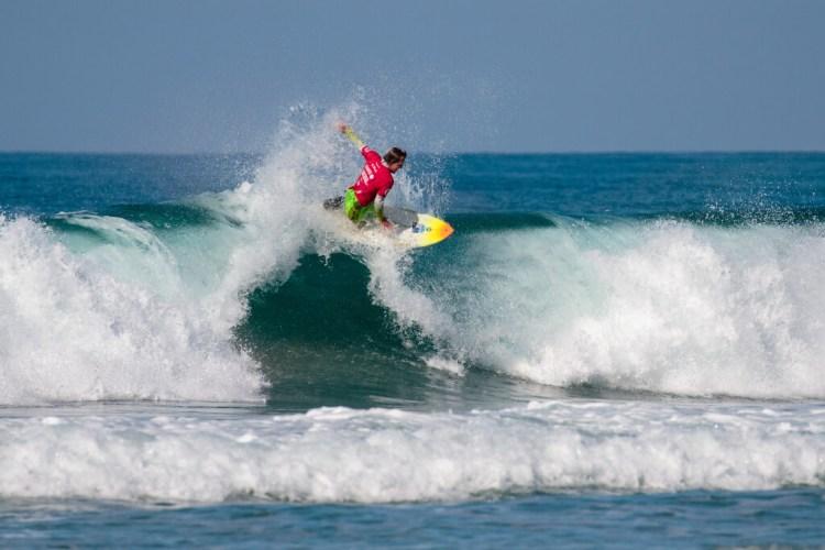 Mark 'Mono' Stewart de Australia se encuentra en el grupo élite que tiene dos Títulos Mundiales con su nombre. Stewart finalizó en segundo lugar en 2018, intentará reclamar el Oro. Foto: ISA / Chris Grant