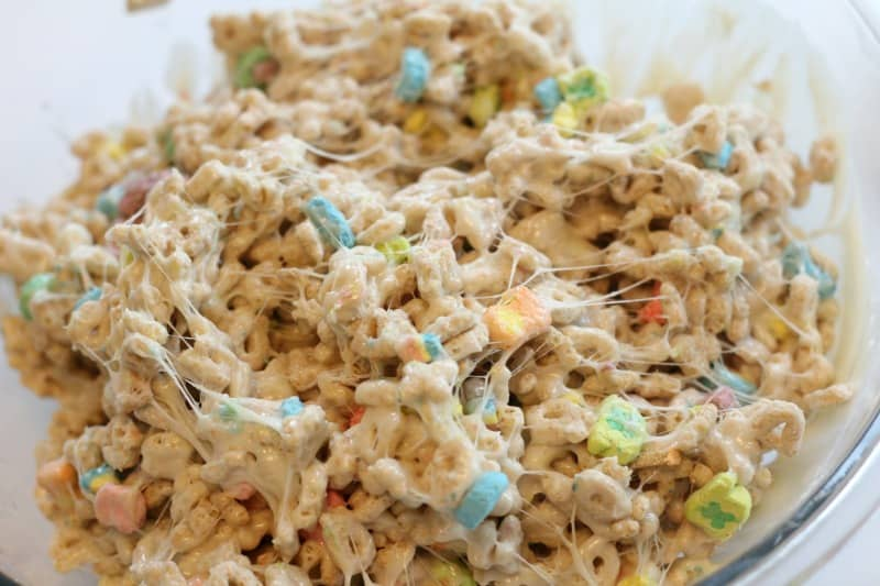 mixed cereal pops