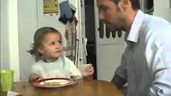 Papa verarscht Tochter