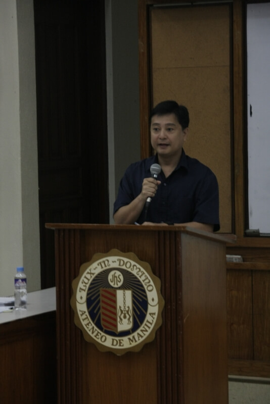 FSSI Executive Director Jay Lacsamana serves as moderator of the forum