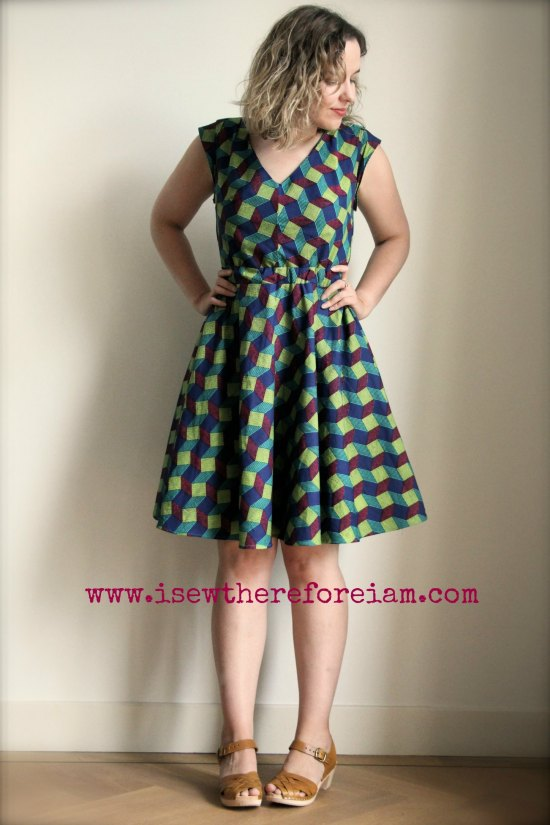 The Réglisse dress by Deer and Doe patterns, made up in African fax cotton