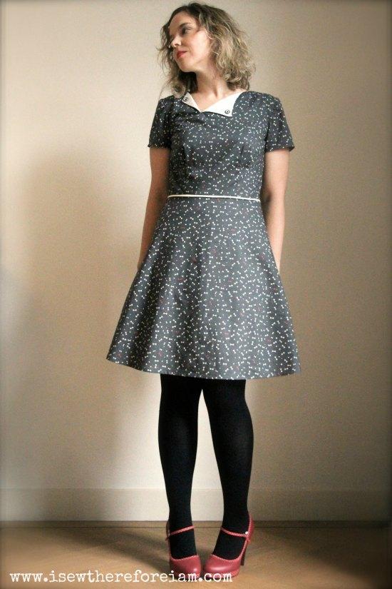 """The Laneway dress by Jennifer Lauren Handmade in Atelier Brunette """"like a dandy"""" cotton"""