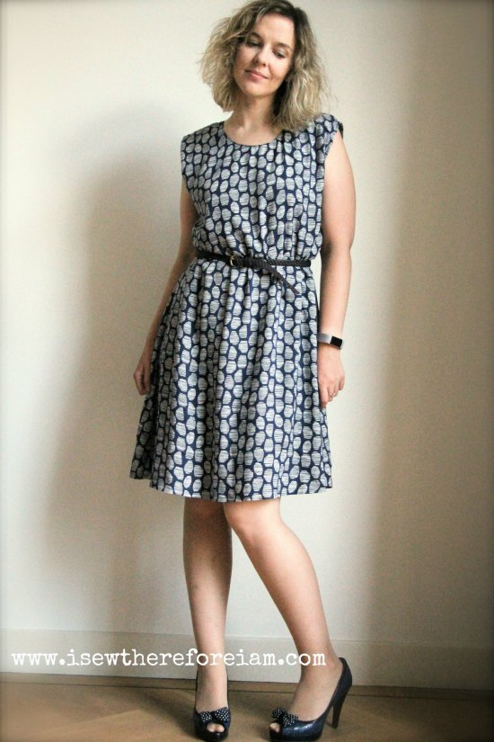 """The reversible Tokyo dress by Atelier Scammit in """"Halo Blue"""" by Atelier Brunette"""