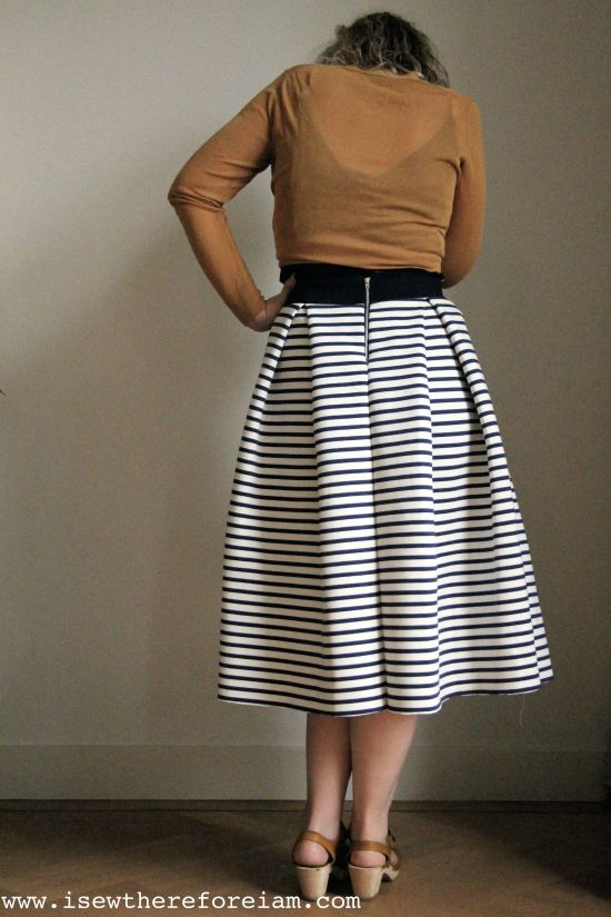 This striped pleated midi skirt is made out of a double sided trick cosy knit I bought in Japan