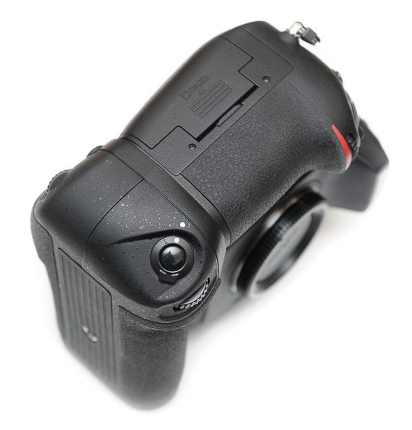 aaputure-BP-D12-Grip-Nikon-D800-6931