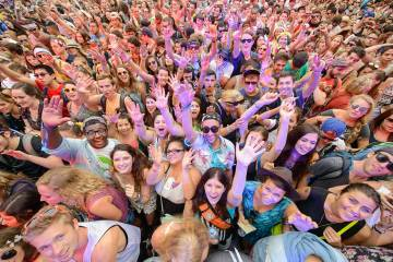 The crowd for Disclosure's performance at Lollapalooza 2013 by music photographer Todd Owyoung