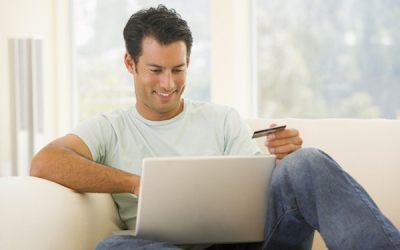 A Natale boom del mobile shopping