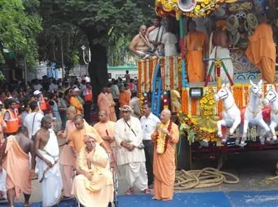 HH Jayapataka Swami and HH Bhakti Charu Swami