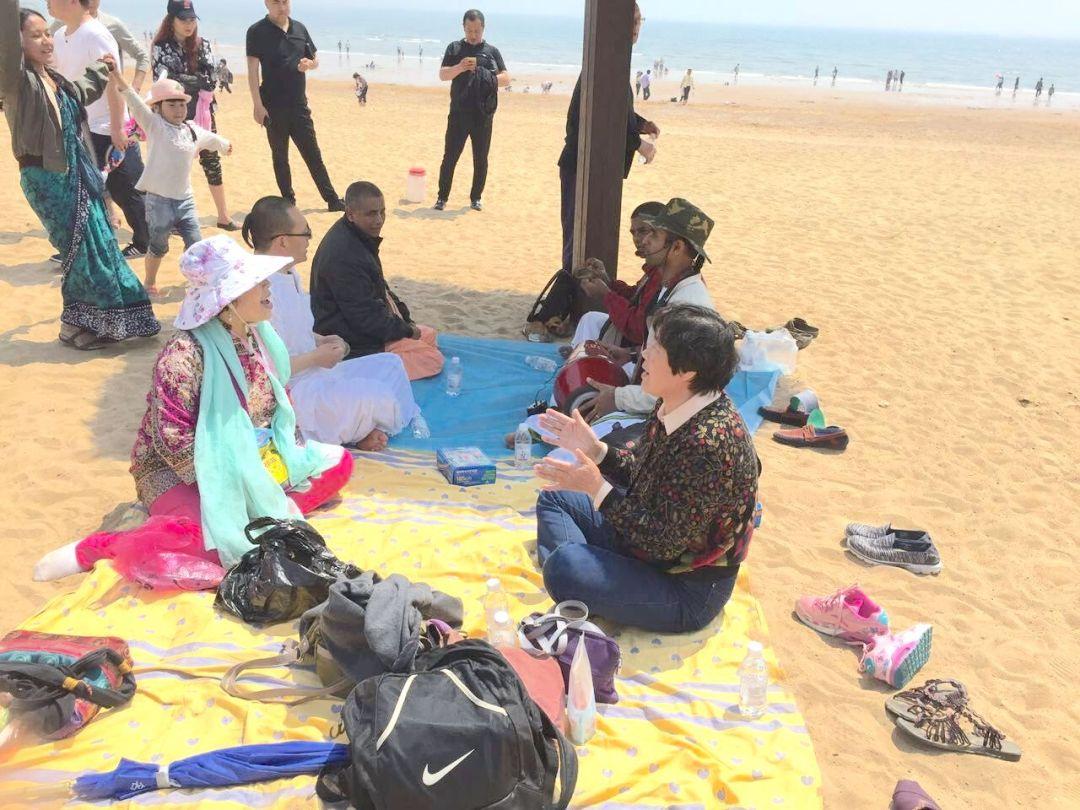 kirtana-qingdao-beach-7