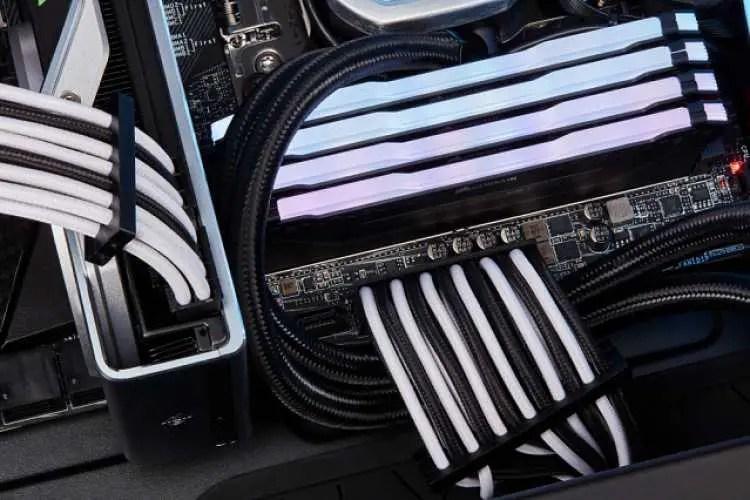 CORSAIR announces lineup of Premium PC accessories