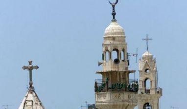 L'islam supplante-t-il le christianisme, comme celui-ci l'a fait du judaïsme (Cf. Coran 2.89,91,101 ; 3.3,81 ; 4.47 ; 5.48 ; 42.13) ?