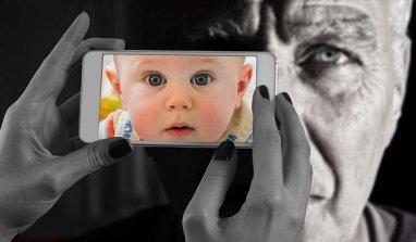 L'enfantement des écrans
