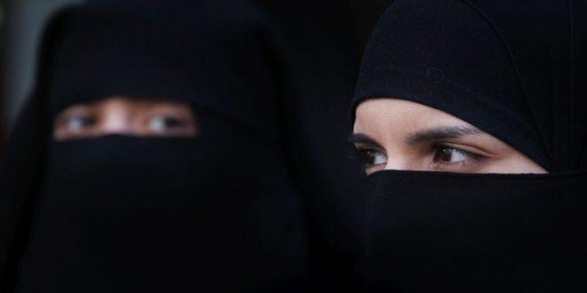 Kadının yüzünü açması ne zaman câiz olur?