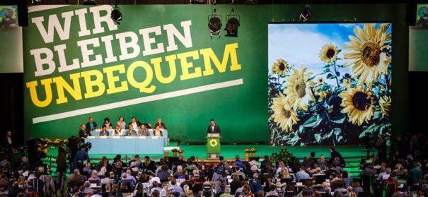 Vorstellung der neuen Religionspolitik - Grünen-Parteitag 2016 © facebook, bearbeitet by iQ.